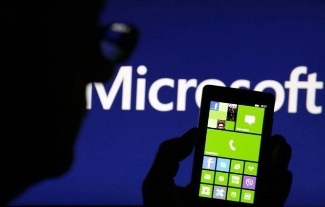/Content/images/AnhTinTuc/microsoft-dung-ban-dien-thoai-windows-phone.jpg